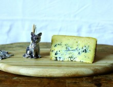 Creative Co-op, Inc. © / Cheese Board with Fox Toothpick Holder