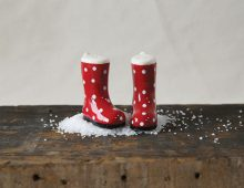 Creative Co-op, Inc. © / Ceramic Boots with Polka Dots Salt & Pepper Shakers
