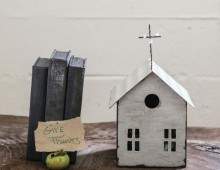 Creative Co-op, Inc. © / Prayer Box